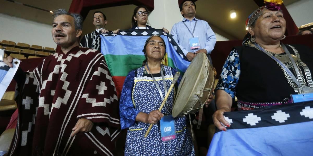 """Vaticinan """"error histórico"""" ante inminente fracaso de escaños reservados para pueblos originarios"""