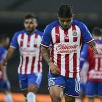 """Chivas separa a tres jugadores más por """"faltas al reglamento"""""""