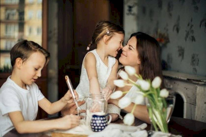 frases comunes que jamás deberías decirle a tus hijos o podrías afectar su autoestima