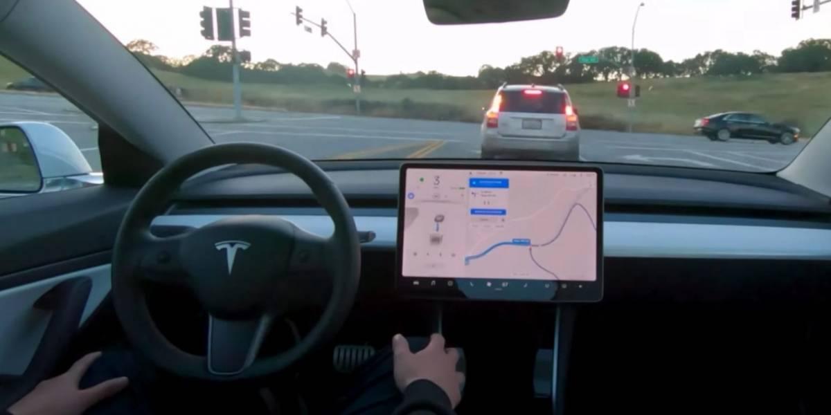 Tesla aumenta el precio de la función de piloto automático: valdrá 10 mil dólares