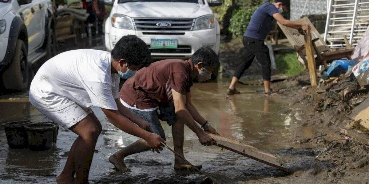 Tifón Goni deja 16 muertos y miles de casas dañadas en Filipinas