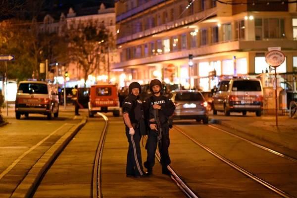 """Nicolás Massú está en Viena en plena ola de ataques terroristas: """"Nos tienen adentro de un restaurant esperando"""""""