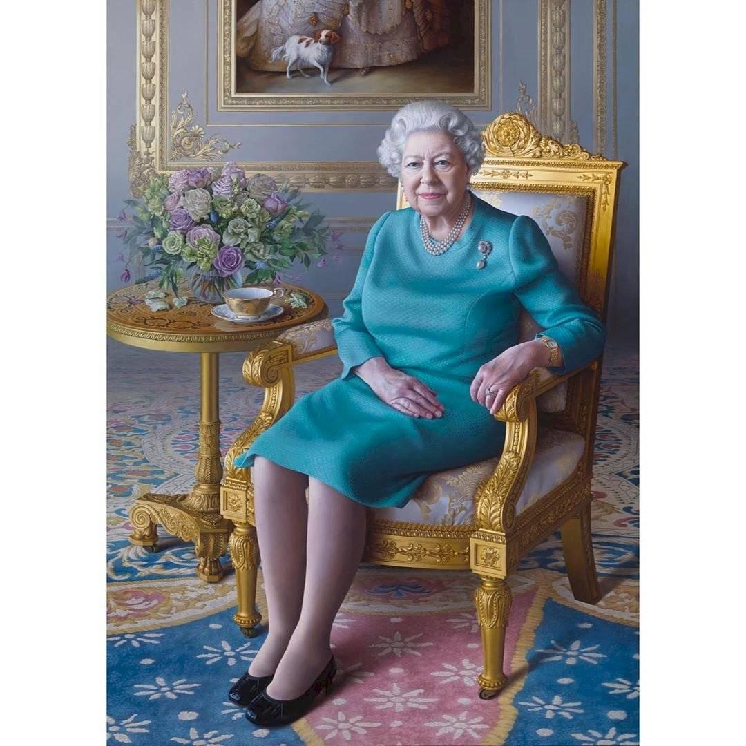 La pandemia aísla a la reina Isabel