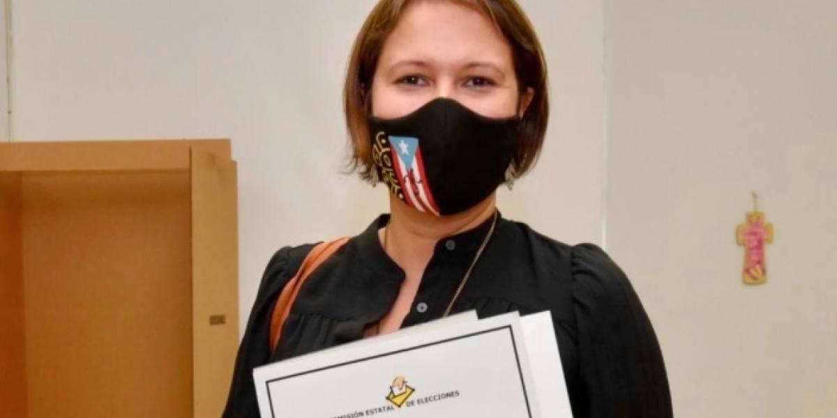 """""""Cuento contigo"""", dice Eva Prados tras ejercer su voto"""