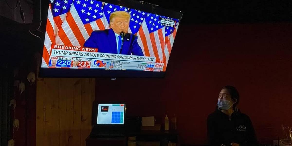Trump denuncia fraude electoral sin aportar pruebas y exige parar el recuento
