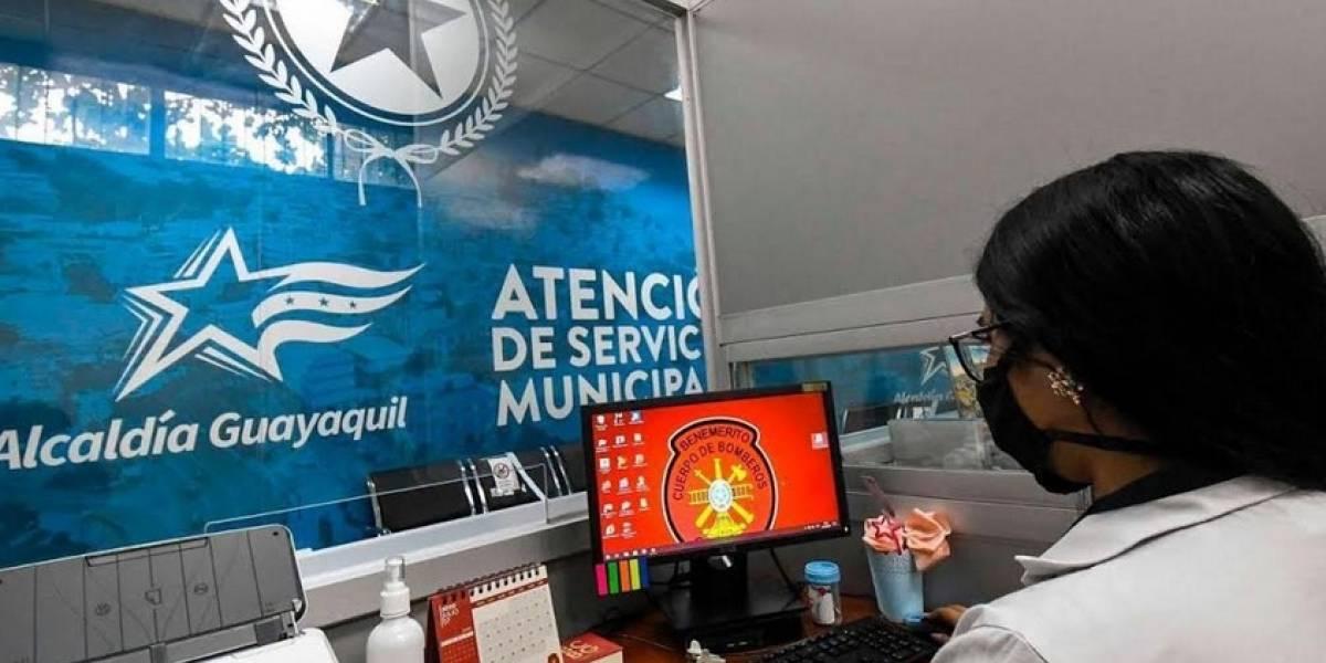 Abren ventanilla de servicios en el suburbio de Guayaquil para evitar traslados de 400.000 ciudadanos