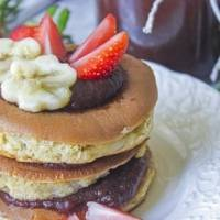 Cuida tu figura al preparar estos hotcakes de avena y plátano sin huevo