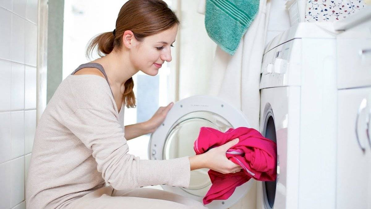 Lava tu ropa con más frecuencia y evita que se acumule