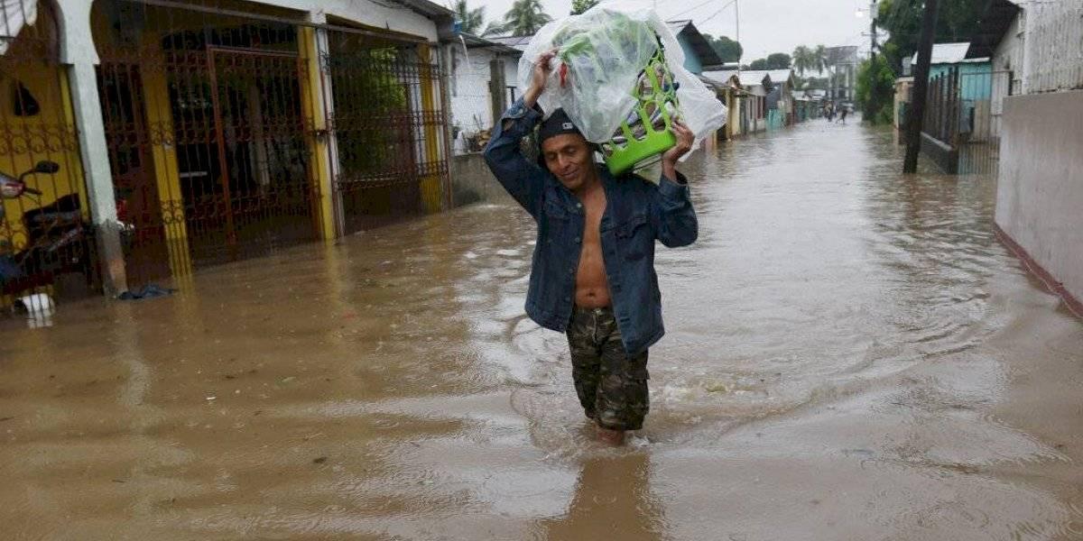 Una debilitada Eta deja lluvias torrenciales en Honduras