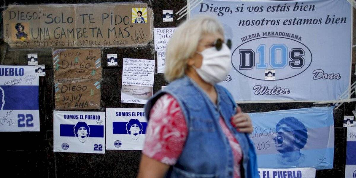 Maradona mejora tras operación y ya quiere irse del hospital