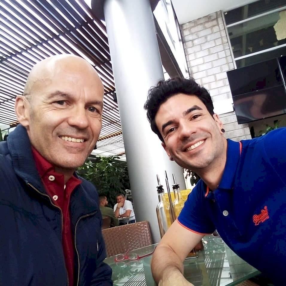 Andrés Felipe y su hijo