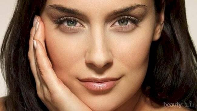 El maquillaje correcto puede ser tu aliado para verte más joven después de los 40.