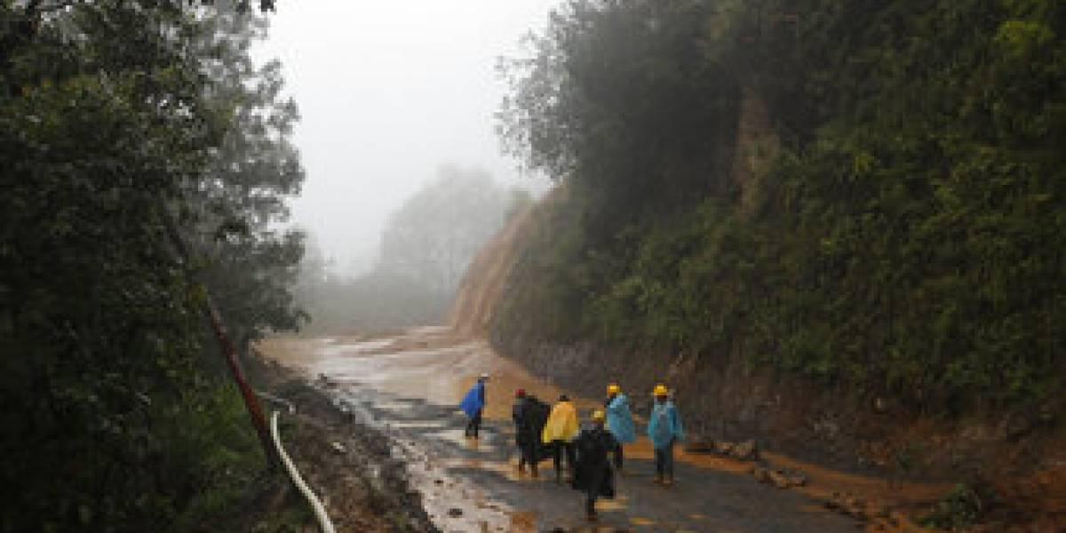Huracán Eta baja a depresión tropical y deja decenas de muertos a su paso por Guatemala en camino a Cuba y Florida