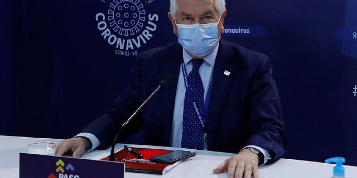Tres días de locos en el Minsal: ministro Paris asegura que revisarán los 49 mil correos en el plazo que dio la Fiscalía