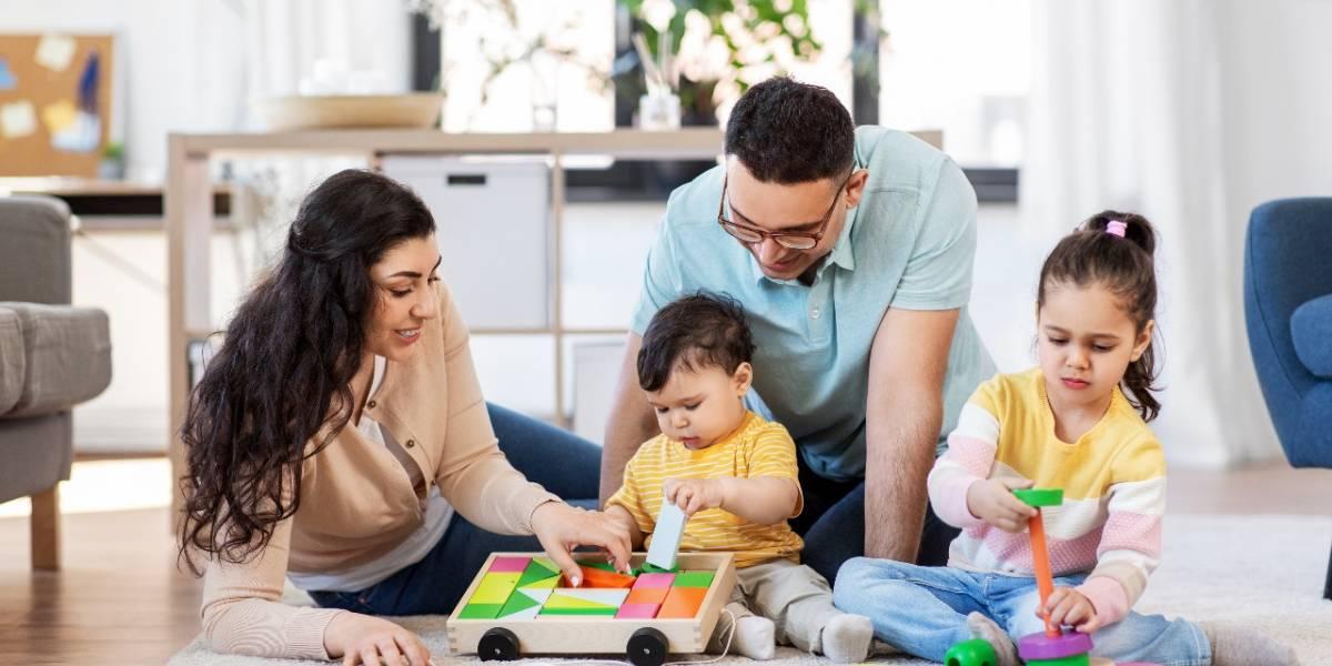 Apoya la estimulación temprana de tu bebé con estos juguetes