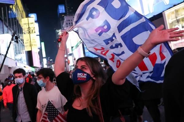 """""""Bye Bye Bye"""" y """"Party in the USA"""" regresan a ranking de canciones más escuchadas tras triunfo de Biden sobre Trump"""