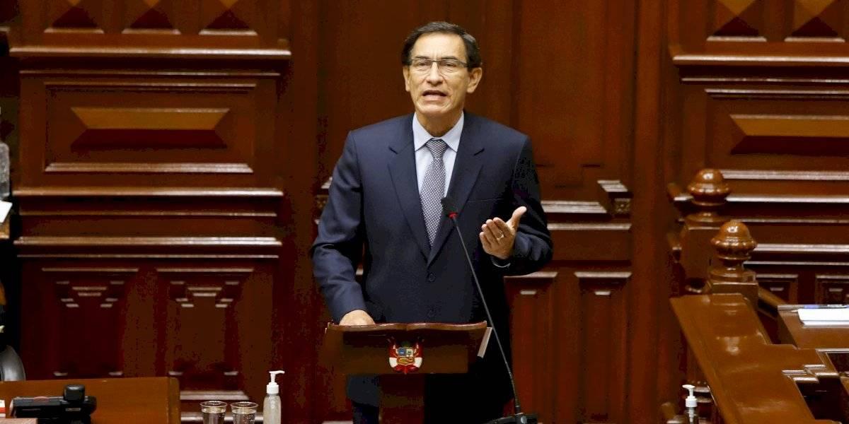 El presidente Martín Vizcarra es destituido por el Congreso de Perú