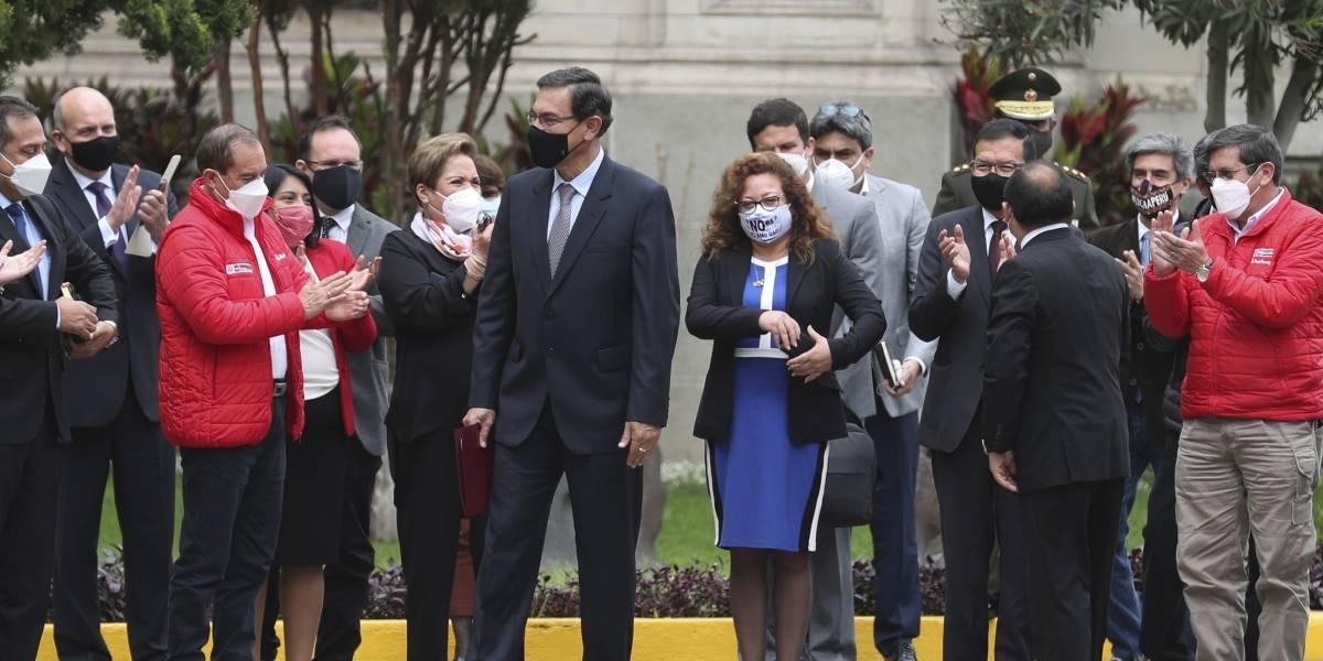 Presidente de Perú accede a abandonar su puesto