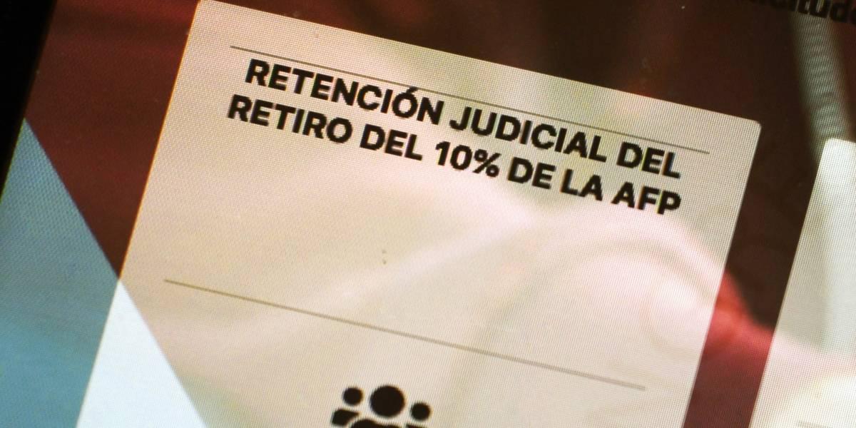Segundo retiro podría avanzar, pero muchos aún esperan el primero: ¿Por qué tarda tanto el pago de la pensión de alimentos con el 10%?