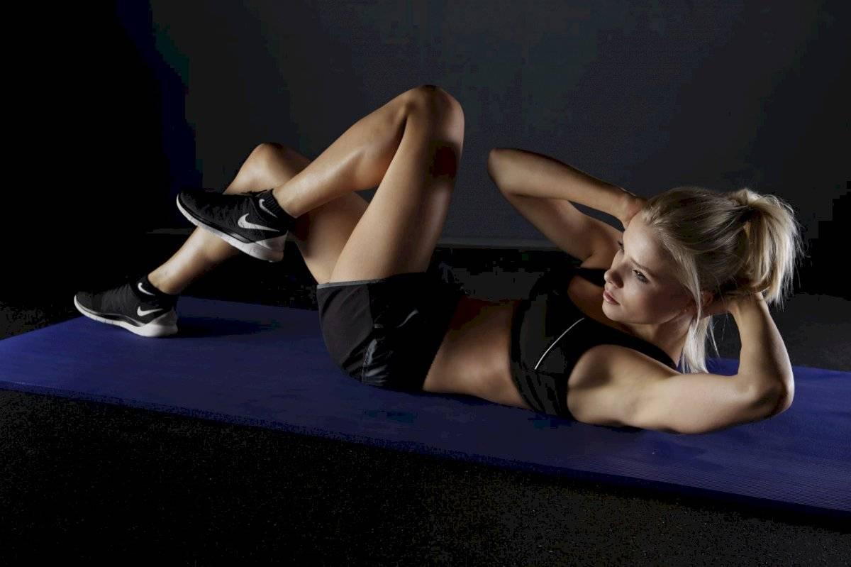 Unos abdominales tonificados favorecerán la postura y mejorarán los dolores lumbares.