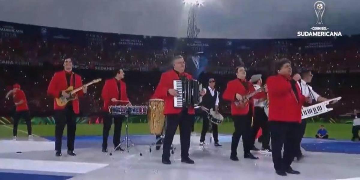 Se cumple un año de la presentación del grupo Los Palmeras en la final de la Sudamericana