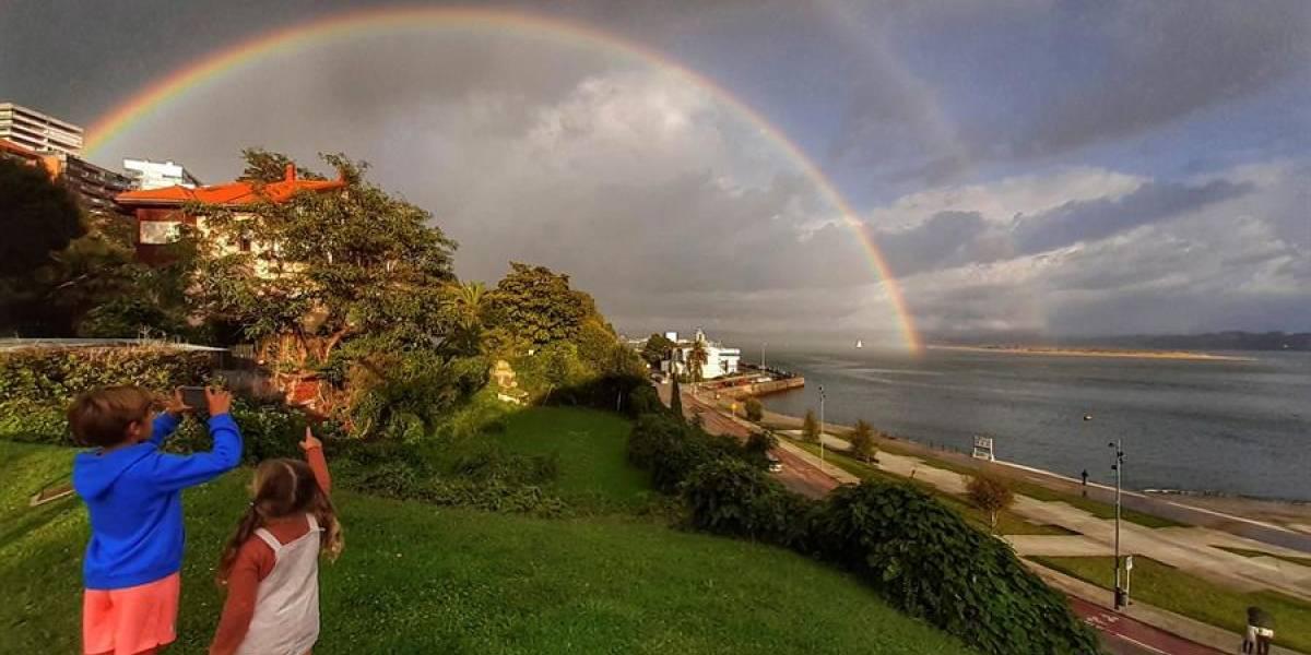 ¿Cómo es el final de un arcoíris? Una familia lo encontró y lo captó en video