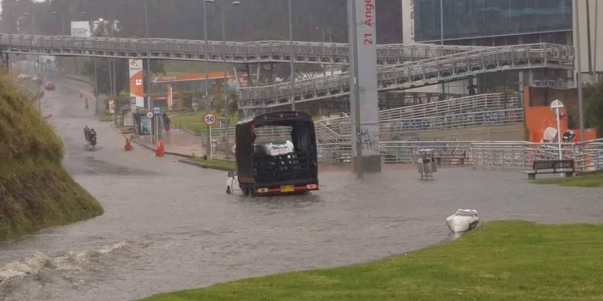 Reportan inundaciones en diferentes zonas de Bogotá por torrencial aguacero