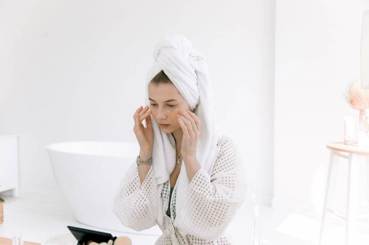 el cuidado de la piel es clave para que se mantenga saludable y libre de los efectos de la edad.