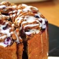 Receta: así puedes preparar un pastel de roles de canela con tus hijos