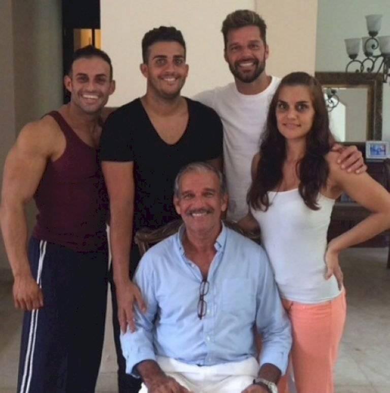 Ricky Marin siempre está pendiente de su familia