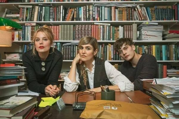 Netflix: Amor y anarquía es la nueva serie de comedia romántica que la está rompiendo en la plataforma