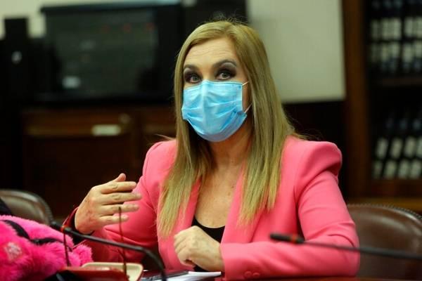 """""""Derrumbe de sistema de AFP está en curso"""": Pamela Jiles reitera que dinero del segundo retiro estará """"en Navidad"""""""