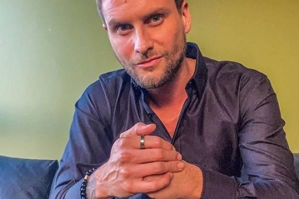 """Jean Philippe Cretton emplazó en tono de """"talla"""" a Chilevisión: """"¿Me vas a recontratar o no?"""""""