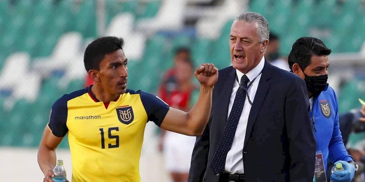 """Gustavo Alfaro: """"El equipo tenía que ganar porque mostró superioridad en el partido"""""""
