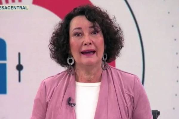 "Patricia Politzer confirma candidatura a constituyente: ""Podemos cambiar Chile"""