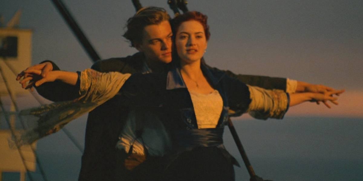 """Pareja de novios intentó recrear famosa escena de """"Titanic"""" y murió ahogada en un río"""