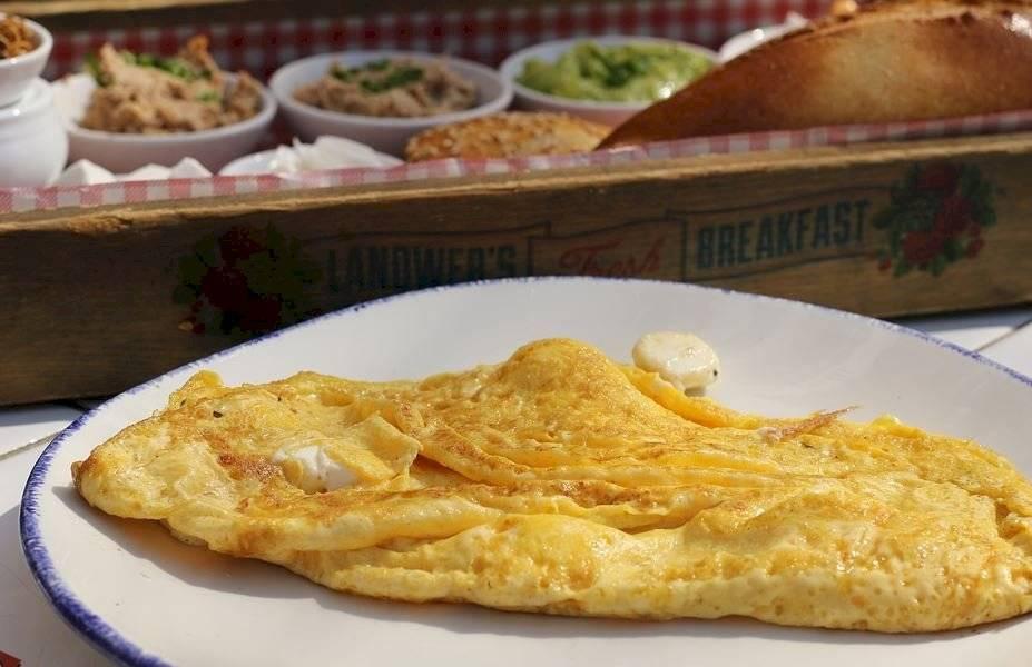 Los huevos en la tortilla son una rica fuente de vitaminas y minerales para el organismo.