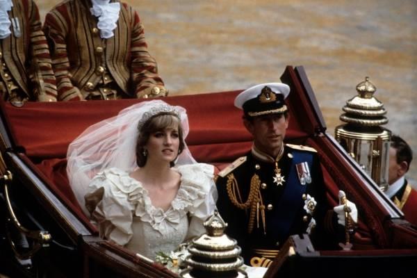 Revelan devastadora confesión del príncipe Carlos a Lady Di la noche anterior a su matrimonio