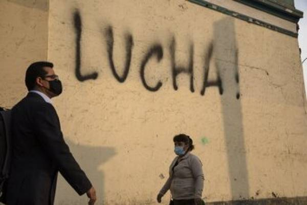 Crisis de Perú: los jóvenes toman la bandera de las protestas tras la destitución de Vizcarra