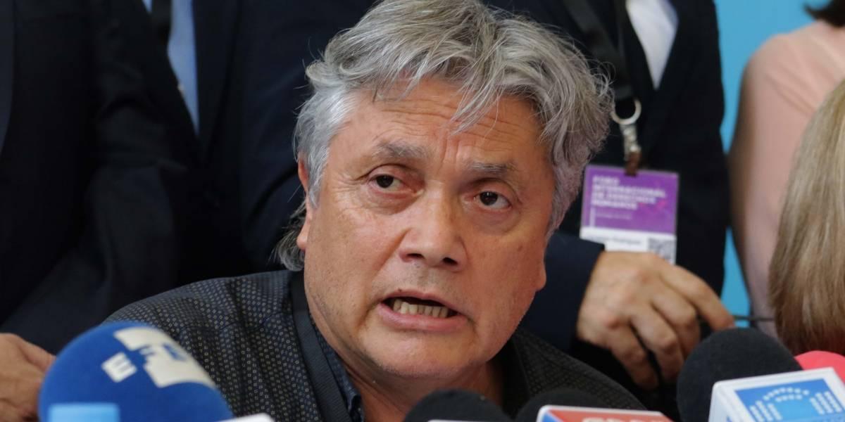 """Senador Navarro aún está con ventilación mecánica: pero informaron una """"evolución satisfactoria"""""""