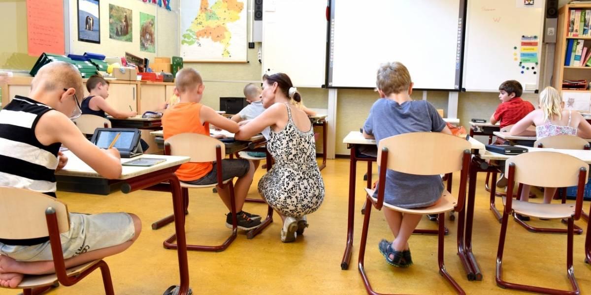 Matrícula en algunos colegios podrá hacerse sin salir de casa: apuestan por firma virtual