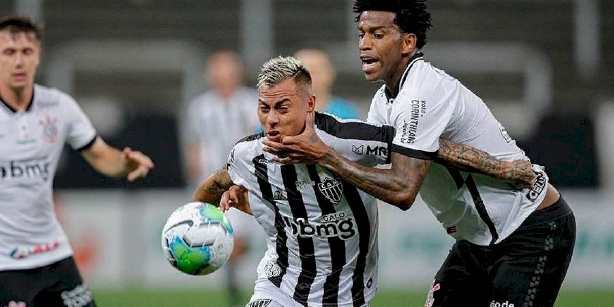 Eduardo Vargas debutó en Atlético Mineiro con una asistencia de lujo y Sampaoli lo llenó de elogios