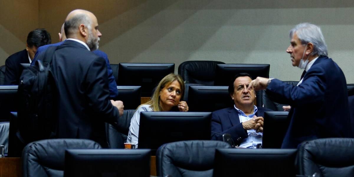 """Moreira le responde a Van Rysselberghe: """"Es inaceptable que amenace a quienes voten por el 10%"""""""