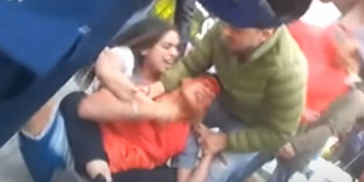 Ladrón que robó celular a una mujer experta en artes marciales se llevó una paliza de novela