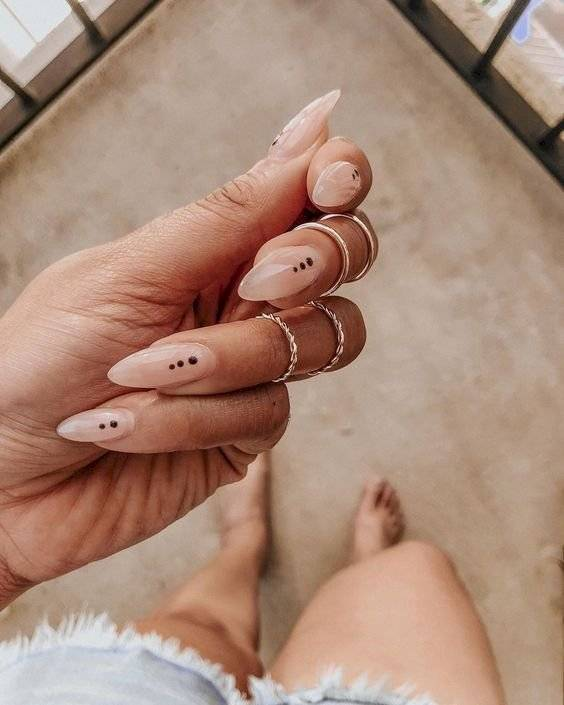 diseños de uñas naturales