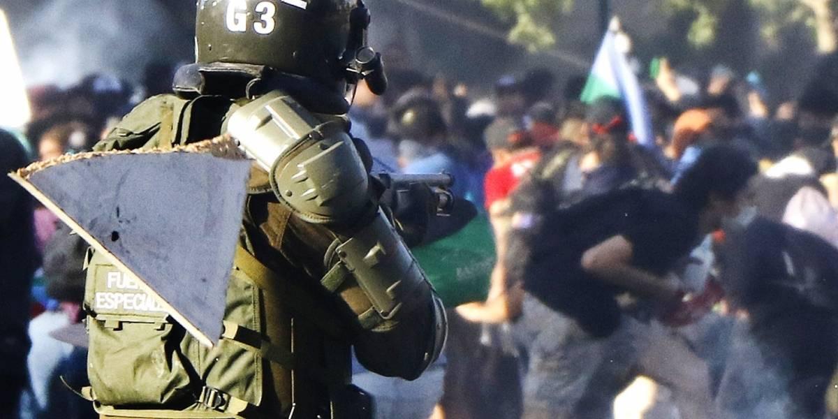 Chile. Enfrentamientos entre manifestantes y Policía en una protesta antigubernamental en la capital de Chile