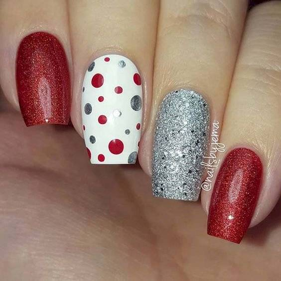 diseños de uñas navideñas