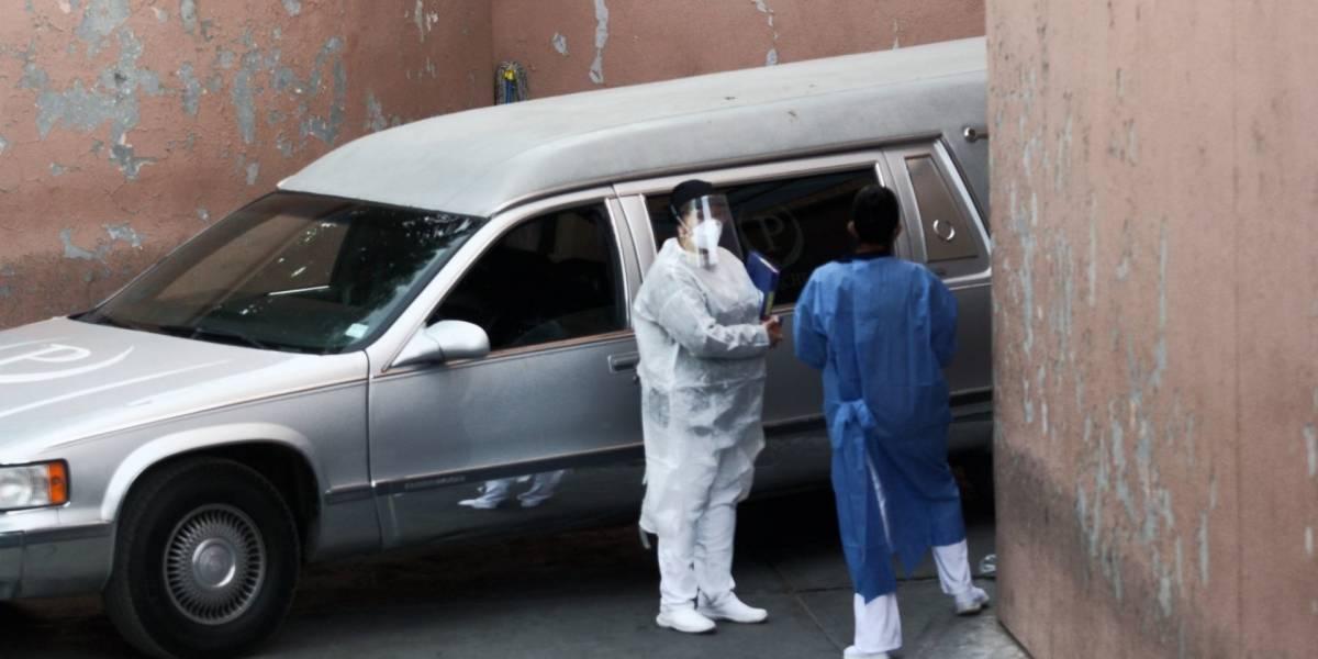 Médicos no tenían capacidad para atender enfermos de Covid: epidemiólogo