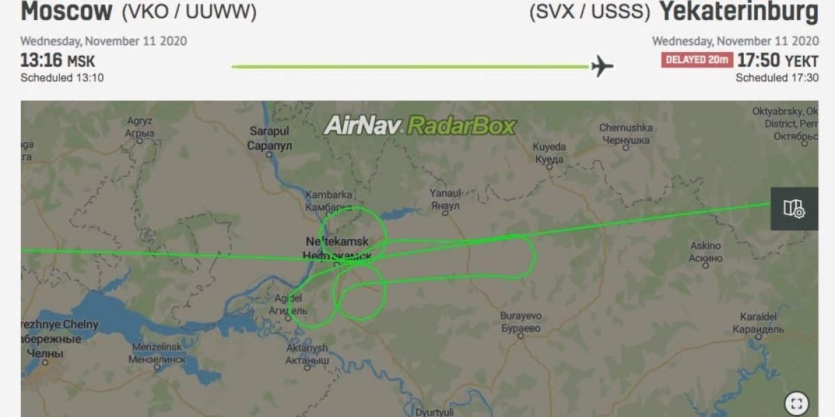 Dos pilotos hicieron un pene gigante en el cielo con un Boeing 737 con pasajeros