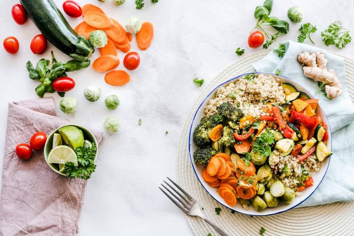 En el período de recuperación es importante comer con abundantes frutas, vegetales y proteínas.